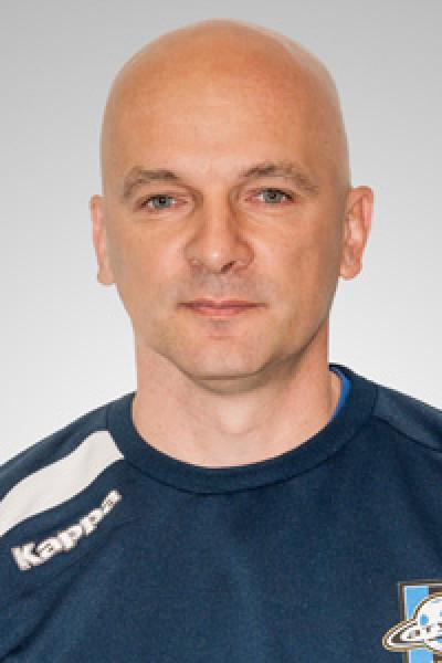 В сезоне-2008 под руководством сергея анатольевича петренко фк волга занял первое место в зоне