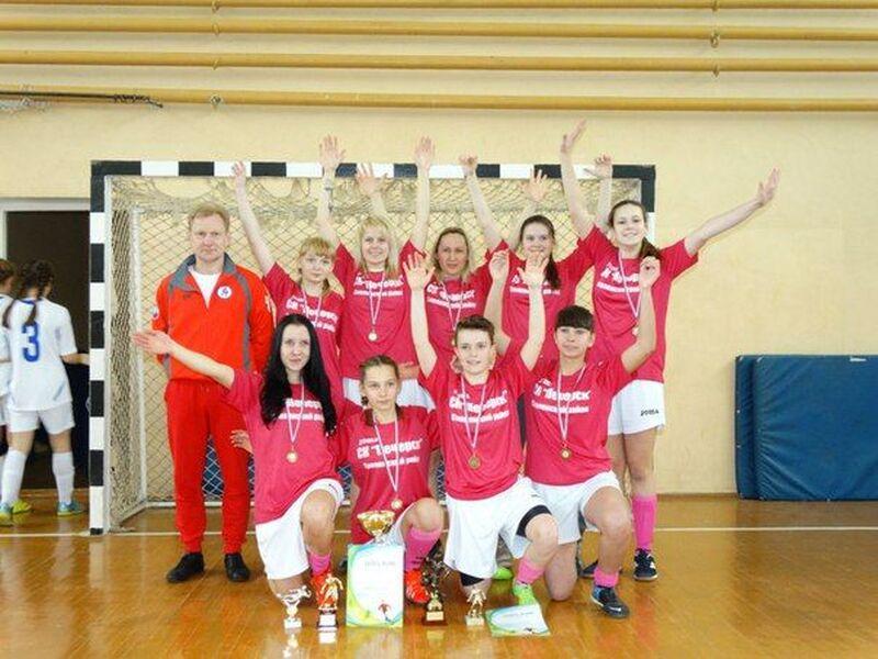 Межрегиональный турнир по мини-футболу среди женщин